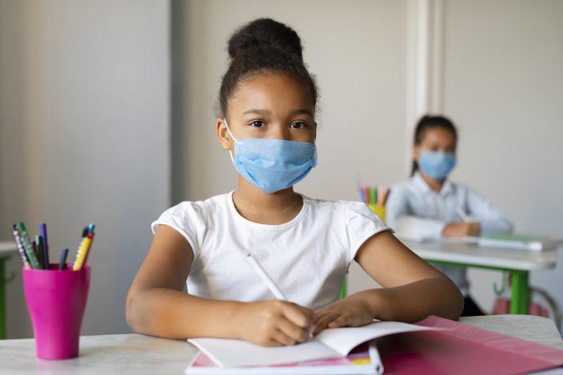 Vacinação e a volta às aulas